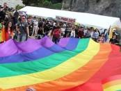 Hommage aux victimes de l'attentat d'Orlando en juin 2016