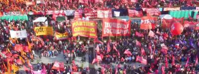 Argentine: impressionnant rassemblement du Front de Gauche et des Travailleurs !