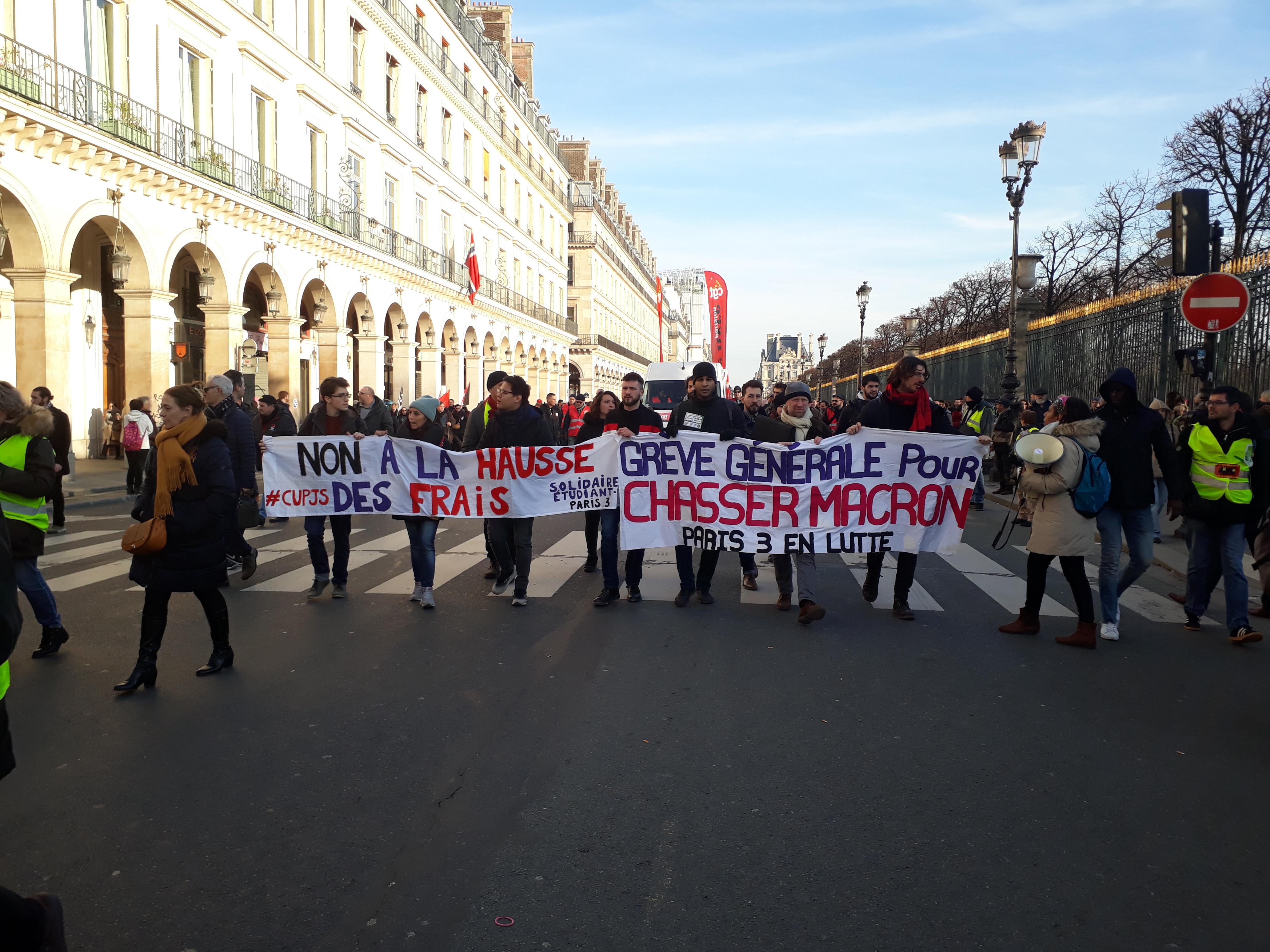 Abstention militante pour Macron démission - Édito de l'Internationaliste 184