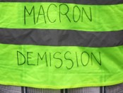 Macron démisison gilets jaunes