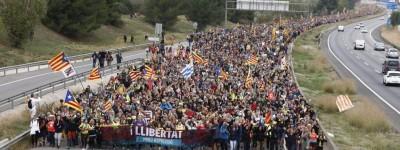 Catalogne: A bas la monarchie franquiste! Vive la république catalane!