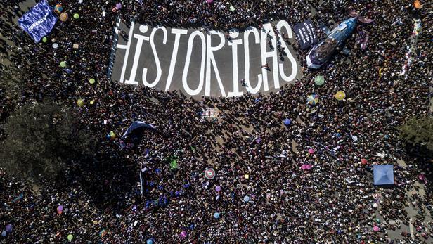 Manifestation féministe à Santiago au Chili le 8 mars 2020