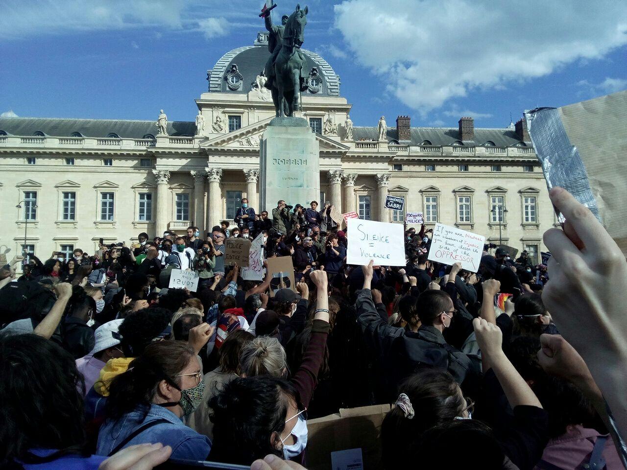 France, États-Unis, à bas les crimes racistes et les violences policières !