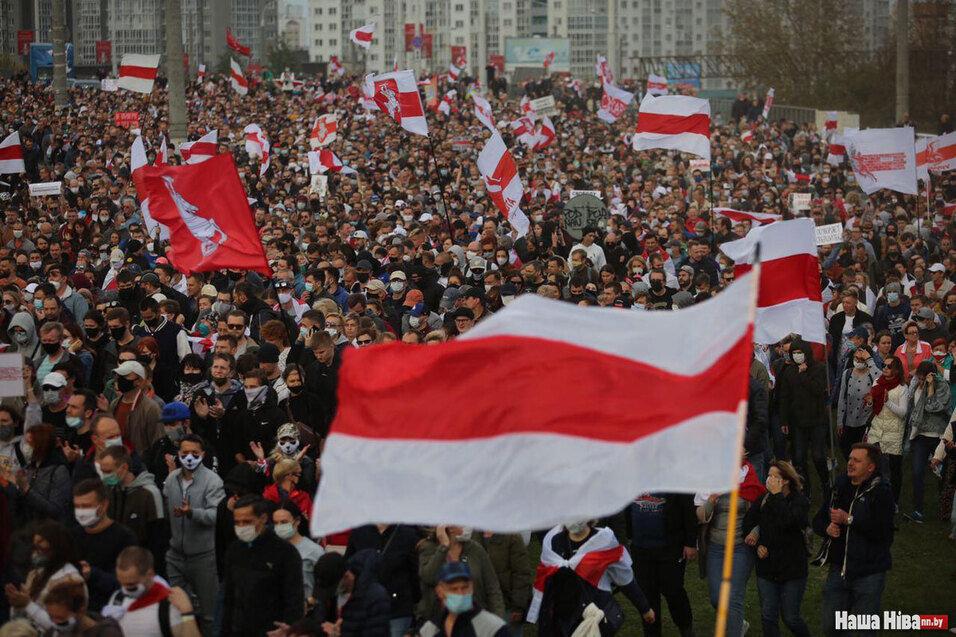 Biélorussie: Vive la révolution ! À bas la dictature Loukachenko !