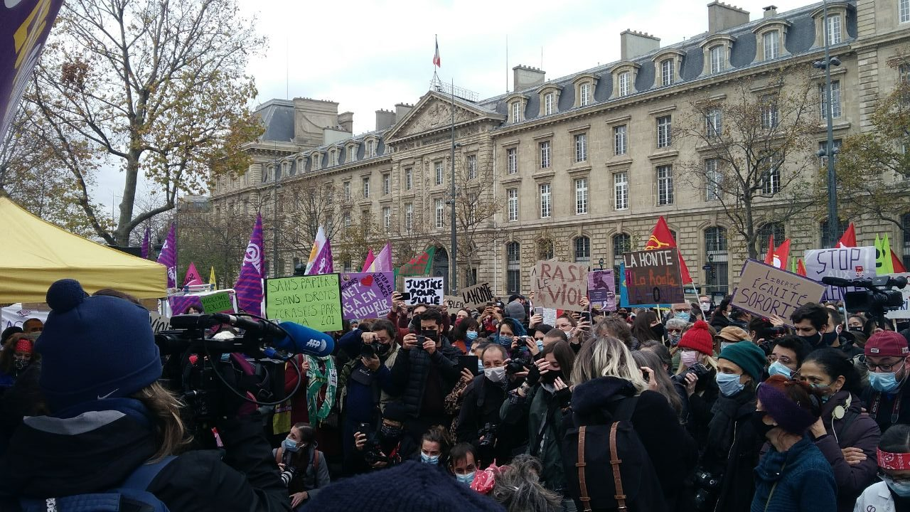 Paris: Rassemblement contre les violences sexistes et sexuelles