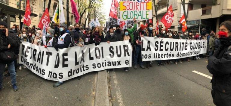 Le 5-12, Paris déterminée malgré la pression policière...Rdv le 12