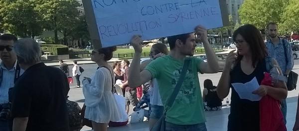 Rassemblement en soutien à la révolution syrienne à Paris le 22 aout 2015