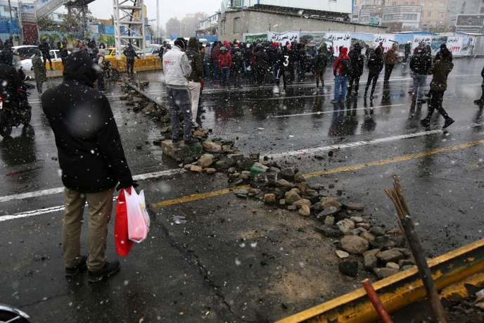 Iran : vive la révolte de la jeunesse et des travailleurs !