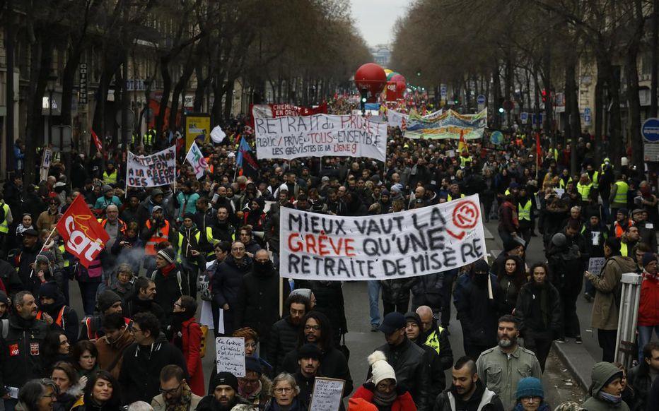 Pour en finir avec cette politique et avec ce gouvernement: grève générale! Édito de l'Internationaliste 189