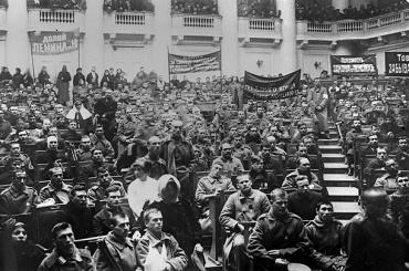 """Petrograd, 20 janvier 1918 : """"Décret sur la liberté de conscience et les associations ecclésiastiques et religieuse"""""""